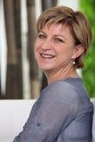 Sonrisa de la señora mayor Imagen de archivo libre de regalías