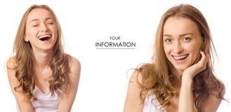 Sonrisa de risa hermosa de la mujer joven contra modelo del sistema Fotos de archivo
