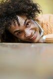 Sonrisa del individuo imágenes de archivo libres de regalías