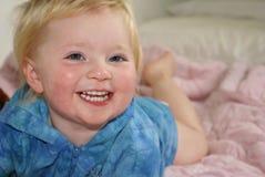 Sonrisa del primer del niño caucásico Imagen de archivo libre de regalías