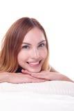Sonrisa encantadora de la mujer Imagenes de archivo