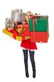 Sonrisa femenina de los rectángulos de regalo de la Navidad Foto de archivo
