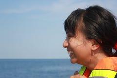 Sonrisa hermosa de la muchacha Imagenes de archivo