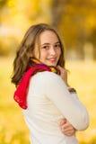 Sonrisa hermosa de la muchacha del adolescente Fotografía de archivo