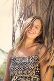 Sonrisa hermosa de la mujer fotos de archivo