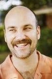 Sonrisa hermosa del hombre Imagen de archivo libre de regalías