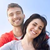 Sonrisa joven de los pares Imágenes de archivo libres de regalías