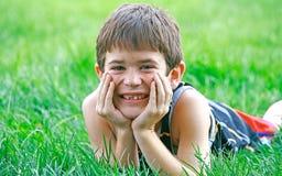 Sonrisa linda de Little Boy imagenes de archivo