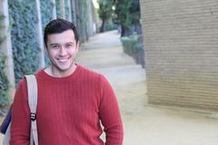 Sonrisa masculina multirracial con el espacio de la copia Imágenes de archivo libres de regalías
