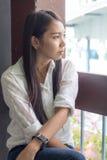 Sonrisa tailandesa de la mujer de Asia Foto de archivo