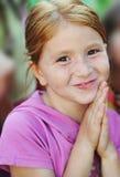 Sonrisas del niño Fotografía de archivo