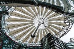 Sony Center a Berlino immagini stock libere da diritti