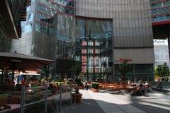 Sony Center si rilassa Berlino d'angolo Fotografia Stock