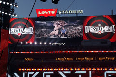 Sony HDTV big screen scoreboard shows clip of Brock Lesner F-5in Stock Photo