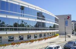Sony Music Headquarter i Los Angeles - LOS ANGELES - KALIFORNIEN - APRIL 20, 2017 Royaltyfria Bilder