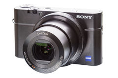 Sony Zeiss lens. Tambov, Russia, February 17, 2013:  Sony, Zeiss-branded 28-100mm equivalent F1.8-4.9 stabilized lens featuring Zeiss T* coatings to minimize Royalty Free Stock Image