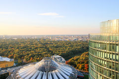 Sony zentrieren Tor in Berlin bei Sonnenaufgang, Deutschland Stockbild