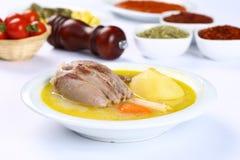 Sopa óssea turca do cordeiro com cenoura Fotos de Stock