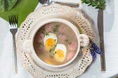 Sopa amarga del campo con los huevos Fotos de archivo