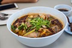 Sopa caliente y picante con las costillas de cerdo Imagen de archivo