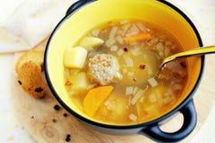 Sopa com meatballs Imagem de Stock
