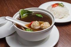 Sopa com meatballs Fotos de Stock Royalty Free