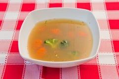 Sopa com vegetais foto de stock royalty free