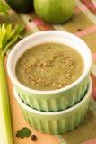 Sopa con el calabacín y la espinaca Fotos de archivo