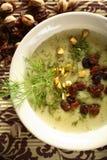 Sopa cremosa feita da carpa fotografia de stock royalty free