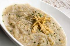 Sopa da cebola com pão torrado Foto de Stock