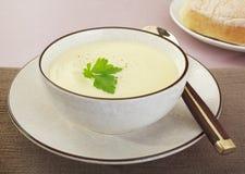 Sopa da couve-flor Fotos de Stock