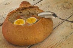 Sopa da Páscoa com ovo e salsicha Imagem de Stock