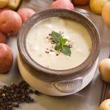 Sopa de batata cremosa Fotografia de Stock Royalty Free