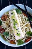 Sopa de color salmón oriental fotografía de archivo libre de regalías