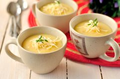 Sopa de creme da batata Fotos de Stock Royalty Free
