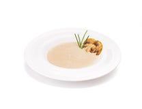 A sopa de creme fritada dos cogumelos Imagens de Stock