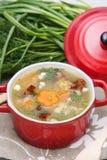 Sopa de ervilha com carne fumado Foto de Stock Royalty Free