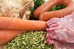 Sopa de ervilha holandesa dos ingredientes Foto de Stock Royalty Free