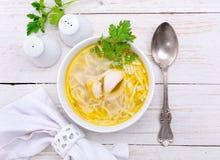 Sopa de fideos del pollo Foto de archivo libre de regalías
