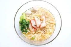 Sopa de fideos tailandesa imagen de archivo