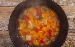 Sopa de galinha caseiro Foto de Stock Royalty Free