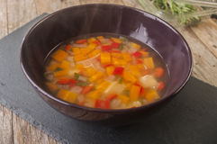 Sopa de galinha caseiro Fotos de Stock Royalty Free