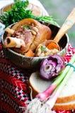 Sopa de habas con la pierna fumada del cerdo Fotografía de archivo
