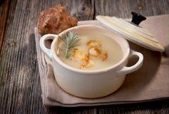 Sopa de la alcachofa de Jerusalén Fotografía de archivo libre de regalías