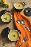 Sopa de la coliflor Fotografía de archivo libre de regalías
