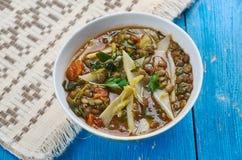 Sopa de lentilha picante mediterrânea dos espinafres Fotografia de Stock Royalty Free