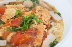 Sopa de los fideos del arroz de la carne de Rieu del bollo del primer Fotos de archivo