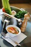 Sopa de los pescados en cocina Foto de archivo libre de regalías
