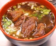 Sopa de macarronete assada da carne Imagens de Stock