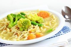 Sopa de macarronete da galinha Imagens de Stock